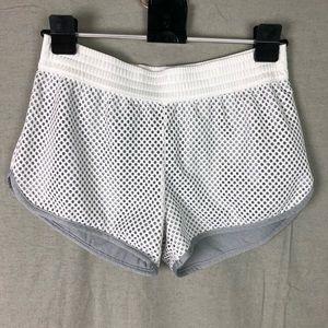 🐢Champion women's shorts size M